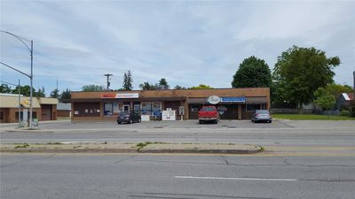 PLAZA + CONVENIENCE STORE FOR SALE