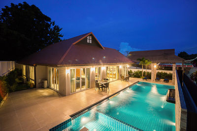 6 Bedroom Resort Style Home for Sale