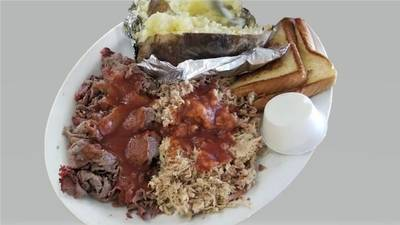 BBQ Restaurant and Real Estate for Sale in Pasco County