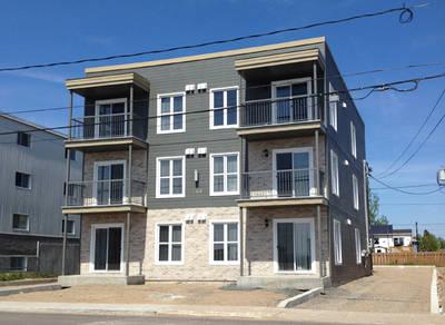 12 Unit Building for Sale