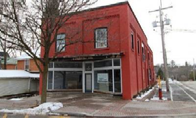2 STOREY BUILDING FOR SALE IN MARMORA & LAKE