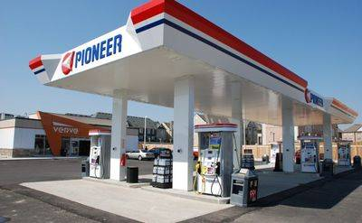 Pioneer gas station with high Volume and LCBO