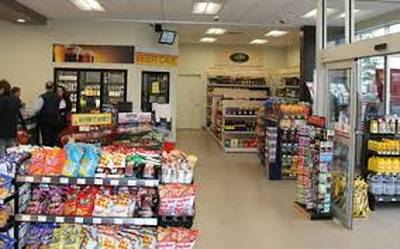 CONVENIENCE WITH LCBO, BEER STORE AND APARTMENT FOR SALE