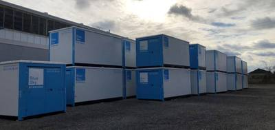 BUILDING WITH PERMITTED OUTSIDE STORAGE FOR SALE IN MISSISSAUGA
