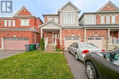 Beautiful Semi Detached Home For sale in Brampton