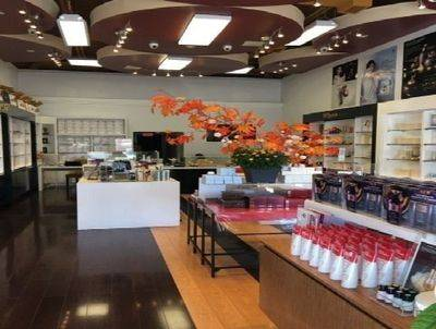 COSMETIC SKINCARE RETAIL BUSINESS FOR SALE IN VAUGHAN