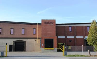 3000 Sq. ft. Clean & Secure Warehouse Space for Lease. Central Niagara Location.
