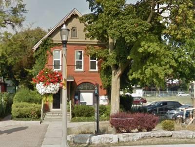 3 Commercial Unit Building For Sale - 3890 SQFT