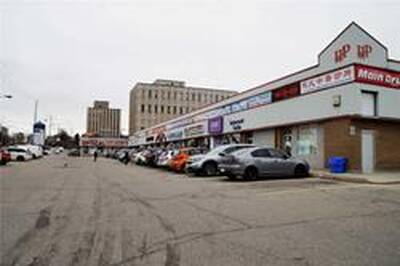 Great Location Busy Retail Mall for Lease in Missisauga, ON