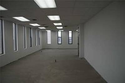 Mixed Use Commercial Office Building Unit for Lease in Mississauga, ON
