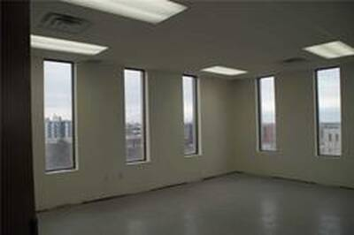 Easily Accessible Office Space for Lease in Mississauga, ON