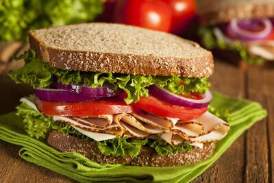 High Traffic Restaurant and Deli for Sale in Kelowna, BC