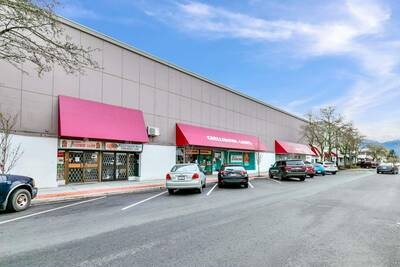 Great Location Commercial Investment Property for Sale in Chilliwack, BC