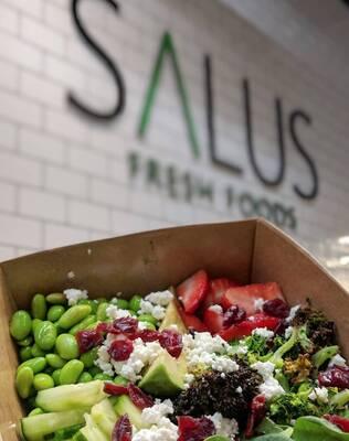 High Traffic Area Salus Fresh Foods Restaurant Brock St & 401 Whitby, ON
