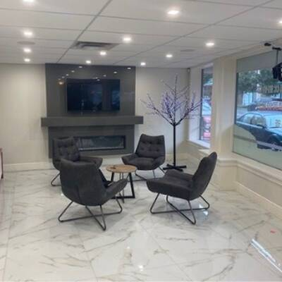 Commercial Office Space for Lease in West Vancouver, BC