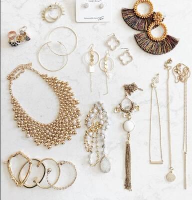 Very Profitable Fashion Accessories Wholesaler