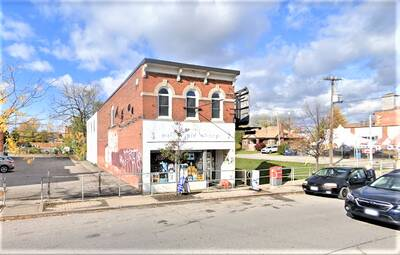 Convenience Store for Sale in St Caterines