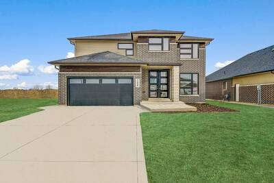 Assignment sale of 4 Bed and 2.5 Bath Detached in kingsville,ON