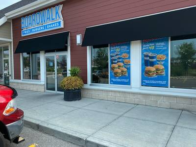 Boardwalk Fries Burgers Shakes Airdrie, Alberta For Sale