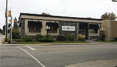INVESTMENT PROPERTY - FREESTANDING BUILDING FOR SALE IN WOODSTOCK--