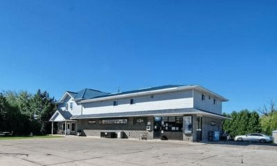 MIXED USE PROPERTY FOR SALE - LAKESHORE